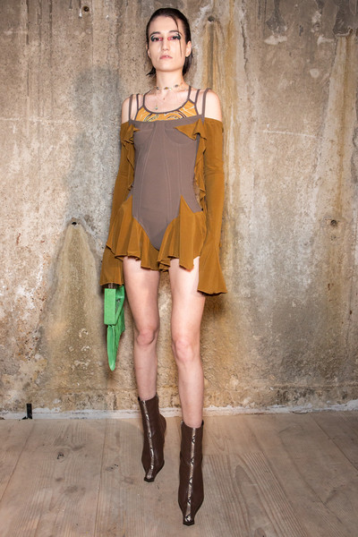 Charlotte Knowles at London Fall 2020 (Backstage)