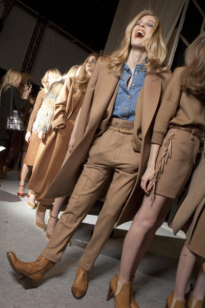 Chloé at Paris Fall 2010 (Backstage)