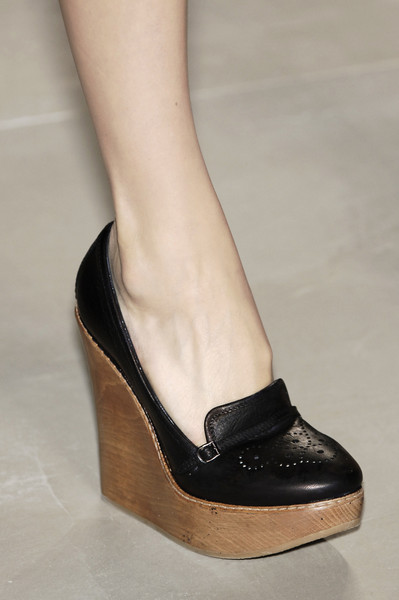Chloé at Paris Spring 2006 (Details)