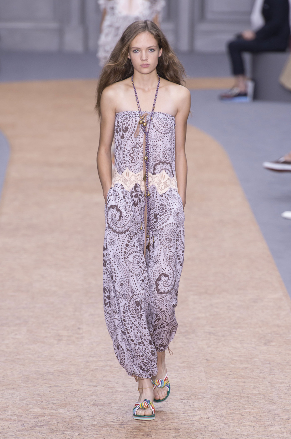d2b543caa461 Chloe - The Most Beautiful Runway Moments From Paris Fashion Week Spring  2016 - Livingly