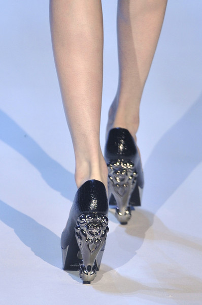 Christian Siriano at New York Fall 2010 (Details)