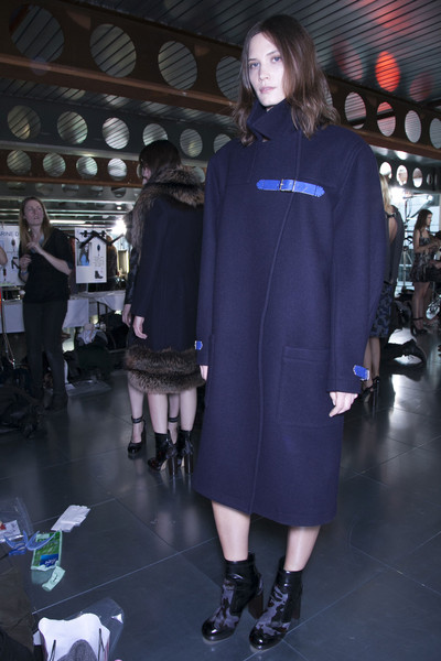 Christopher Kane at London Fall 2013 (Backstage)