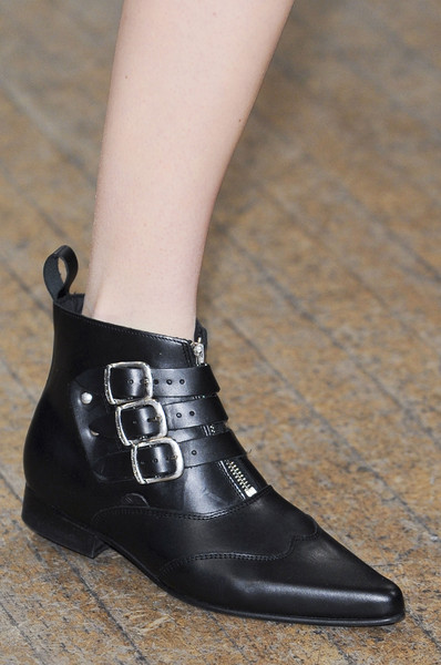 Clements Ribeiro at London Fall 2013 (Details)