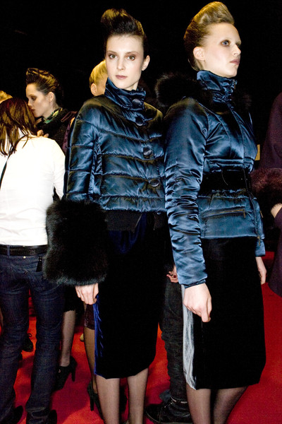 Clips at Milan Fall 2009 (Backstage)