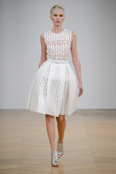Dany Atrache at Couture Spring 2017 [fashion model,clothing,white,dress,fashion,fashion show,runway,cocktail dress,waist,neck,dress,dany atrache,fashion,runway,haute couture,street fashion,clothing,wedding dress,couture spring 2017,fashion show,haute couture,fashion,wedding dress,fashion show,model,runway,dress,fashion week,street fashion,clothing]
