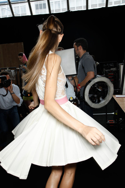David Koma at London Spring 2012 (Backstage)