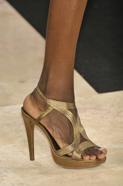 Diane von Furstenberg at New York Spring 2010 (Details)