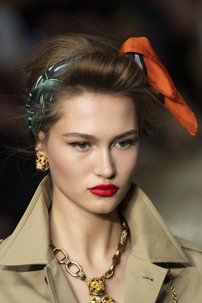Dolce & Gabbana at Milan Spring 2020 (Details) [hair,fashion model,fashion,lip,hairstyle,beauty,eyebrow,haute couture,model,photography,fashion,model,fashion week,runway,haute couture,hairstyle,dolce gabbana,milan fashion week,fashion show,paris fashion week,milan fashion week,paris fashion week 2019,fashion,fashion week,dolce gabbana,runway,model,fashion show,haute couture]