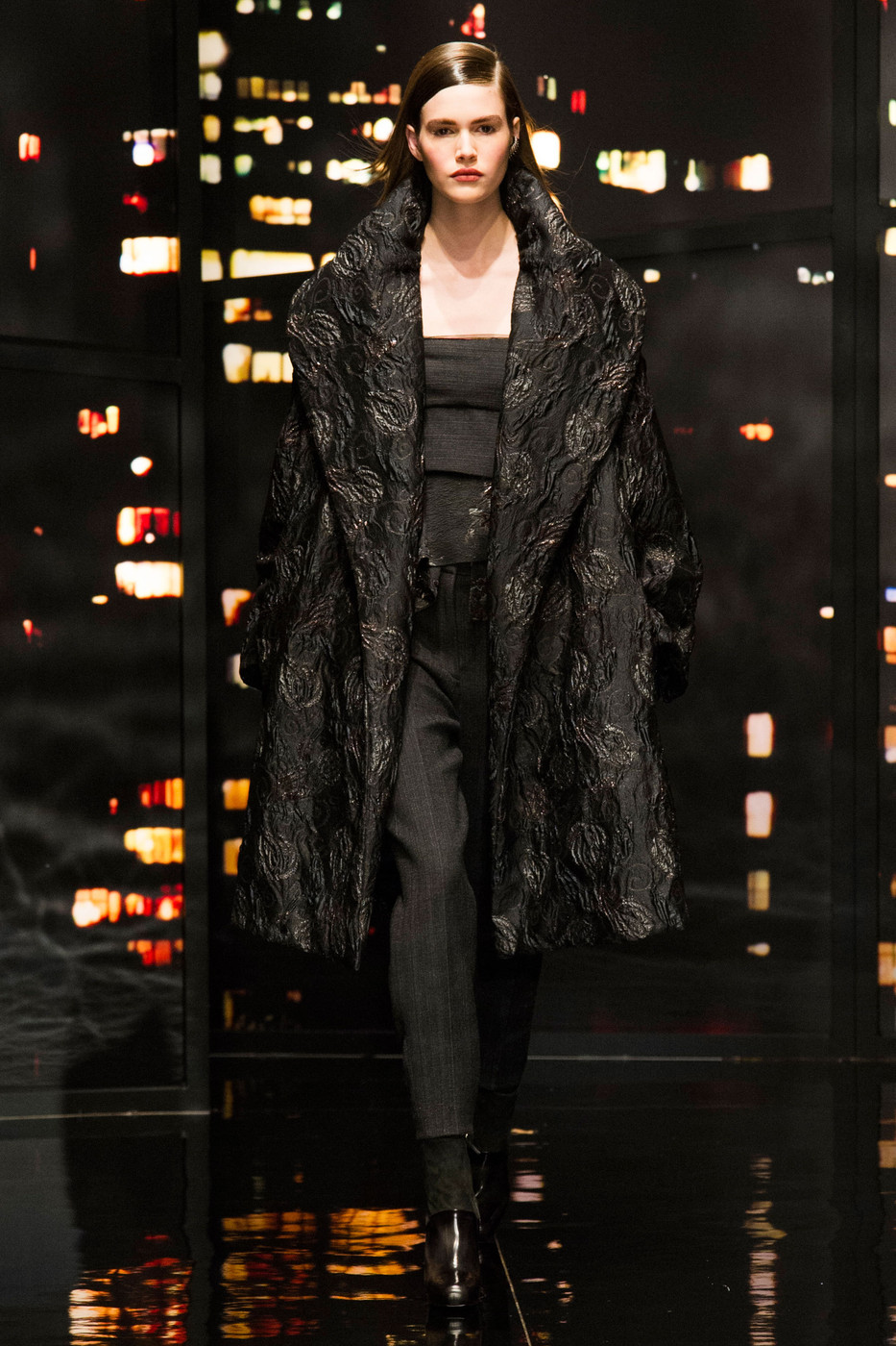 Donna karan fall 2015 runway pictures livingly for Donna karen new york