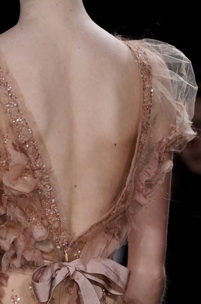 Elie Saab at Couture Spring 2011 (Details)