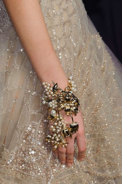 Elie Saab at Couture Spring 2015 (Details) [couture spring 2015,nail,dress,wrist,hand,jewellery,joint,finger,fashion,fashion accessory,arm,fashion accessory,dress,fashion,dress,haute couture,runway,model,elie saab,paris fashion week,paris fashion week,haute couture,fashion,chanel,runway,elie saab net dress of halle berry,model,fashion accessory,dress]