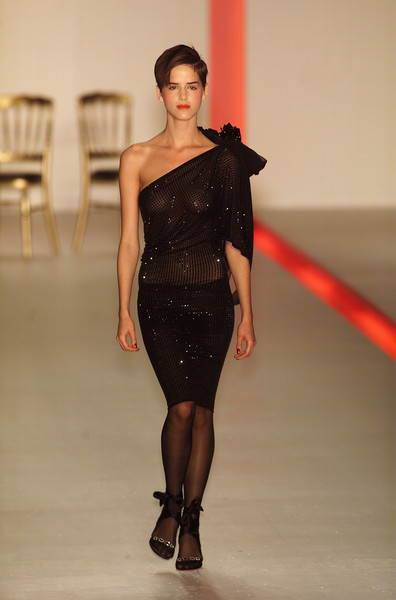 Emanuel Ungaro at Paris Fall 2001