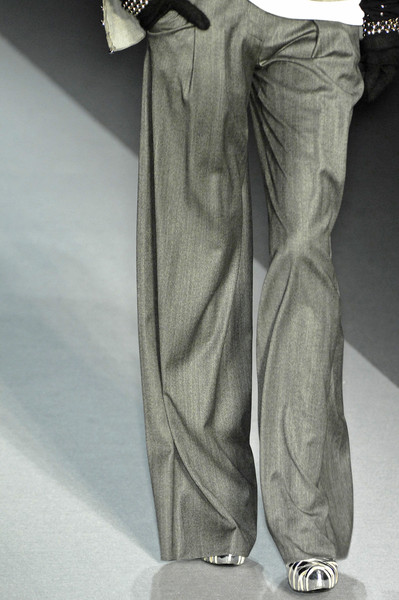 Emanuel Ungaro at Paris Fall 2009 (Details)