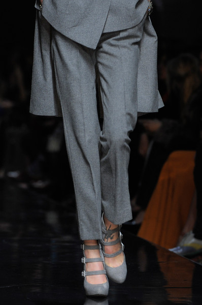 Ermanno Scervino at Milan Fall 2013 (Details)