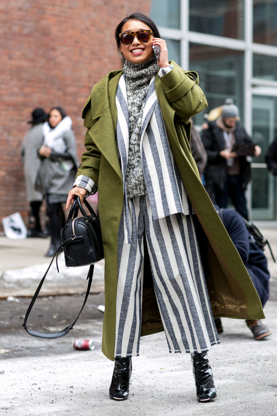 Seeing Stripes Best Street Style From New York Fashion Week Fall 2015 Livingly