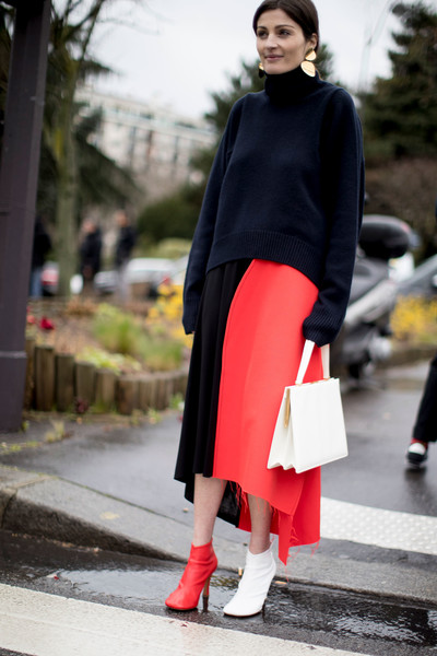 c38e067342c Color Blocking - 60 Outfit Ideas From Paris Fashion Week s Street ...