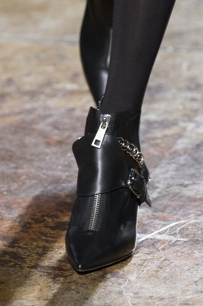 Fay at Milan Fall 2017 (Details)