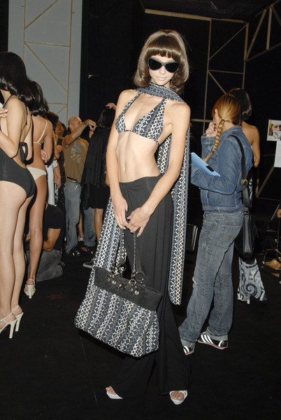 Fisico at Milan Spring 2008 (Backstage)