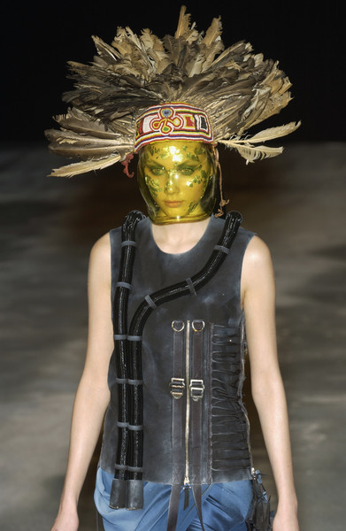 Frederic Molenac at Couture Spring 2002 [couture spring 2002,image,fashion,helmet,personal protective equipment,headgear,outerwear,fashion design,action figure,fashion show,helmet,frederic molenac,fashion,haute couture,spring,runway,model,fashion show,fashion,frederic molenac,fashion show,model,haute couture,runway,spring,2002,livingly,image]