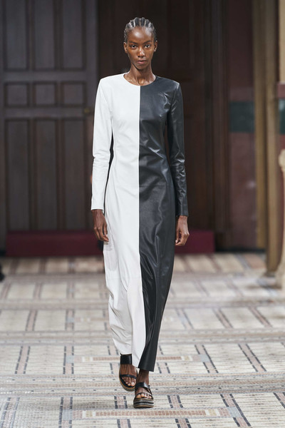Gabriela Hearst at Paris Spring 2021 [fashion model,fashion,clothing,white,runway,fashion show,suit,haute couture,formal wear,outerwear,gabriela hearst,fashion,runway,runway,clothing,white,suit,council of fashion designers of america,paris fashion week,fashion show,gabriela hearst,paris fashion week,fashion show,fashion,ready-to-wear,runway,council of fashion designers of america,fashion week,vogue]