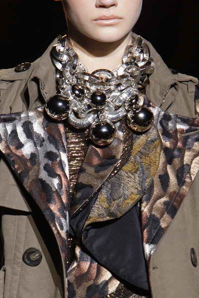 Gaetano Navarra at Milan Fall 2010 (Details)