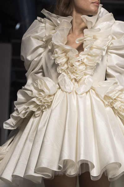 Giambattista Valli at Couture Spring 2019 (Details) [couture spring 2019,white,clothing,dress,fashion,ruffle,fashion model,victorian fashion,gown,fashion design,textile,giambattista valli,supermodel,fashion,wedding dress,haute couture,fashion design,clothing,model,fashion,wedding dress,haute couture,paris fashion week,fashion,model,supermodel,fashion show,fashion design,runway,clothing]