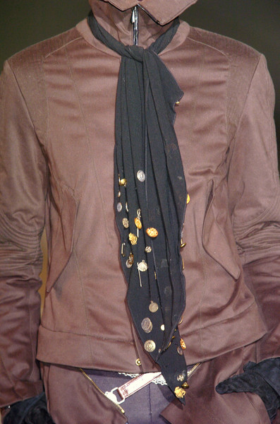 Gilles Rosier at Milan Fall 2005 (Details)