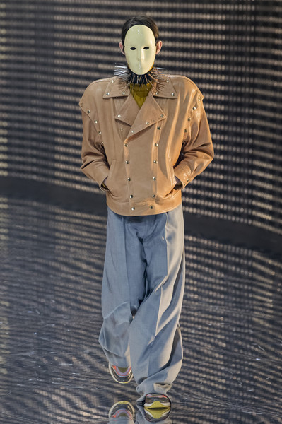 Gucci at Milan Fall 2019 [autumn,clothing,outerwear,personal protective equipment,sleeve,standing,headgear,trousers,shoe,costume,fashion,fashion week,equipment,sleeve,standing,milan,gucci,milan fashion week,fashion show,milan fashion week,gucci,fashion week,fashion,fashion show,ready-to-wear,autumn,milan,winter]