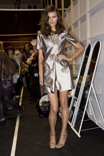 Guy Laroche at Paris Spring 2009 (Backstage)