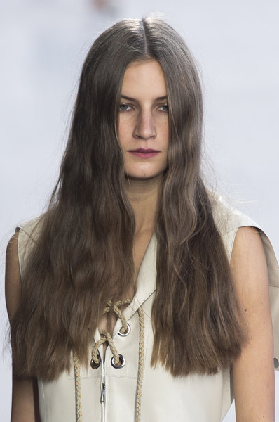 Hermès at Paris Spring 2019 (Details) [hair,face,hairstyle,long hair,blond,beauty,eyebrow,layered hair,lip,brown hair,blond,hair,brown hair,hair,hairstyle,model,hair coloring,beauty,hermes,paris fashion week,brown hair,long hair,hair coloring,hairstyle,model,layered hair,black hair,blond,hair]