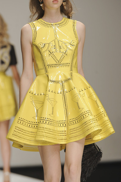 Holly Fulton at London Spring 2011 (Details)