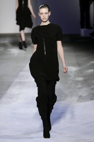 Hussein Chalayan at Paris Fall 2008