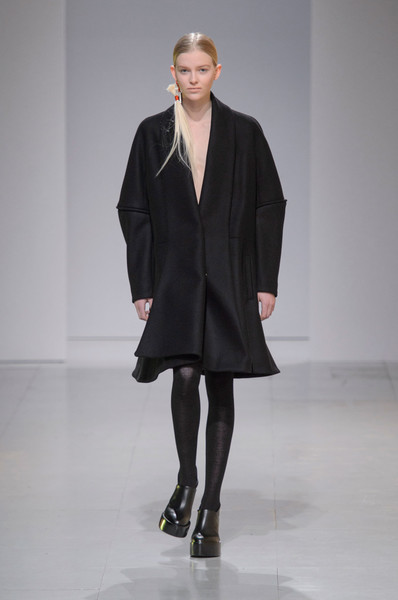 Hussein Chalayan at Paris Fall 2016