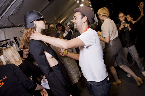 Hussein Chalayan at Paris Spring 2010 (Backstage)