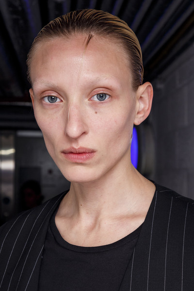 Hussein Chalayan at London Spring 2019 (Backstage)