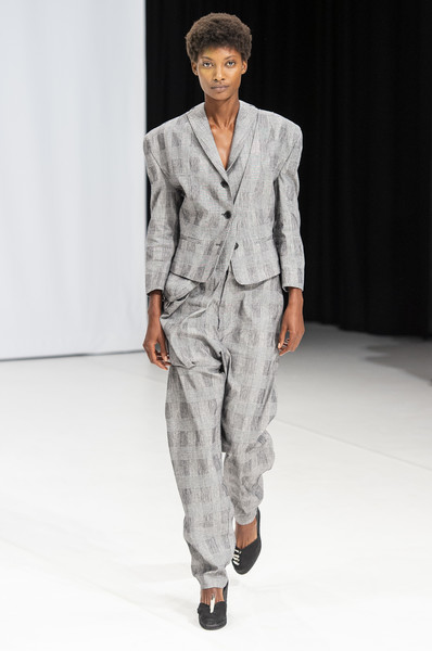 Hussein Chalayan at London Spring 2019 [fashion show,fashion,fashion model,clothing,runway,suit,human,public event,outerwear,formal wear,hussein chalayan,runway,fashion,fashion week,model,fashion design,fashion model,london fashion week,fashion show,paris fashion week,runway,london fashion week,fashion show,paris fashion week,fashion,fashion week,ready-to-wear,fashion design,model,haute couture]