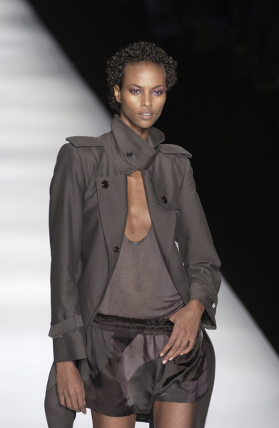 Isabel Marant at Paris Spring 2004 [fashion model,fashion show,fashion,runway,clothing,fashion design,outerwear,model,human,event,outerwear,isabel marant,fashion,model,runway,fashion model,clothing,fashion design,paris fashion week,fashion show,kate moss,runway,paris fashion week,fashion,model,fashion show,dior]