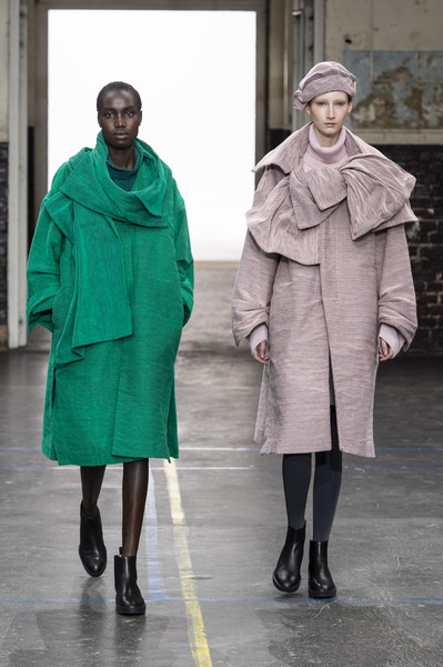 Issey Miyake at Paris Fall 2019 [autumn,fashion,clothing,green,outerwear,overcoat,street fashion,coat,fashion model,human,fashion design,issey miyake,fashion,runway,street fashion,fashion week,haute couture,coat,paris fashion week,fashion show,issey miyake,runway,fashion show,fashion,paris fashion week,autumn,ready-to-wear,fashion week,haute couture,winter]