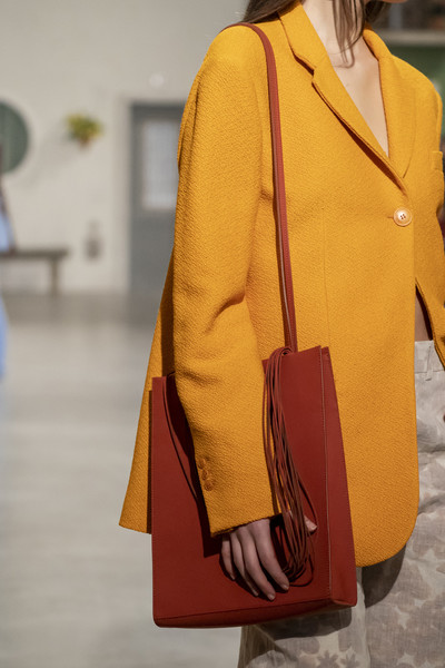 Jacquemus at Paris Fall 2019 (Details) [yellow,clothing,orange,street fashion,fashion,shoulder,outerwear,bag,tan,handbag,handbag,yellow,fashion,model,color,learning,field,jacquemus,shoulder,paris fashion week,yellow,handbag,color,learning,fetter,reading,model,fashion,field,wechat]