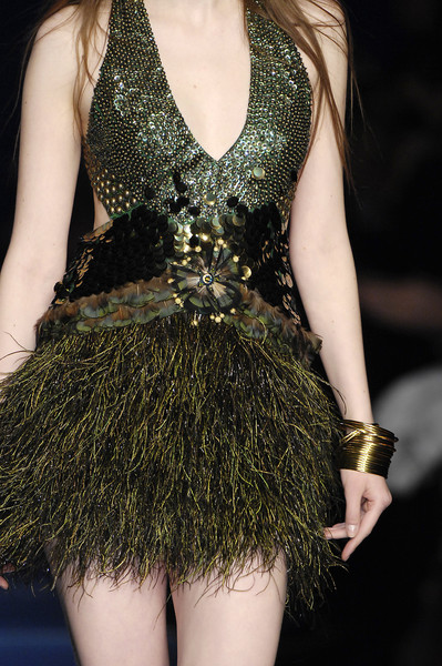Jenny Packham at Milan Fall 2007 (Details)
