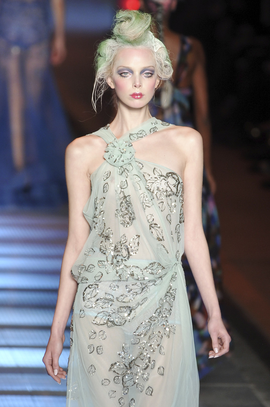 John Galliano Spring 2009 Runway Pictures - Livingly