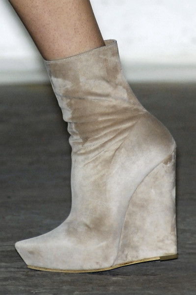 Josh Goot at London Fall 2009 (Details)