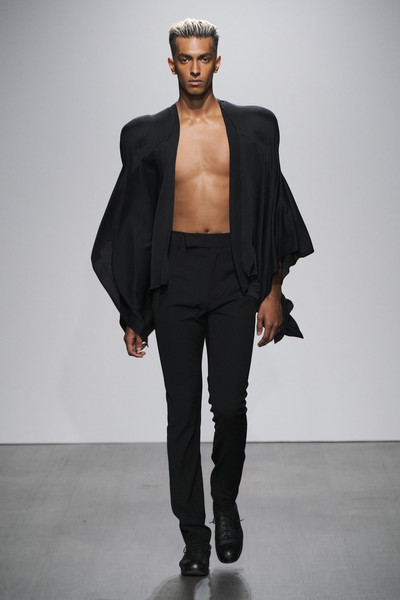 Kaushik Velendra at London Spring 2021 [fashion model,fashion show,fashion,clothing,runway,outerwear,shoulder,human,model,neck,thierry mugler,fashion,fashion week,haute couture,fashion design,kaushik velendra,clothing,london fashion week,new york fashion week,fashion show,thierry mugler,london fashion week,fashion,ready-to-wear,new york fashion week,haute couture,fashion design,fashion week,sustainable fashion,cruise collection]