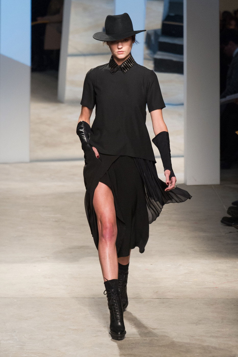 Kenneth Cole New York At New York Fashion Week Fall 2014 Livingly