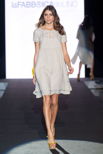 La Fabbrica Del Lino at Milan Fashion Week Spring 2013 - Livingly