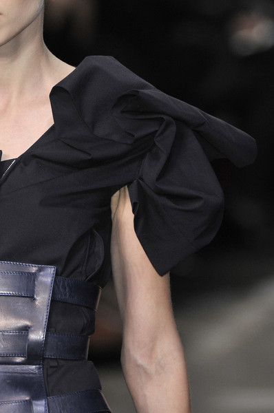 Lefranc-Ferrant at Paris Spring 2010 (Details)