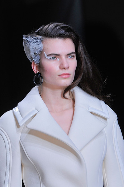 Lie Sang Bong at Paris Fall 2013 (Details)
