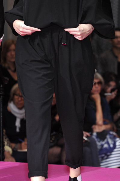 Limi Feu at Paris Spring 2010 (Details)