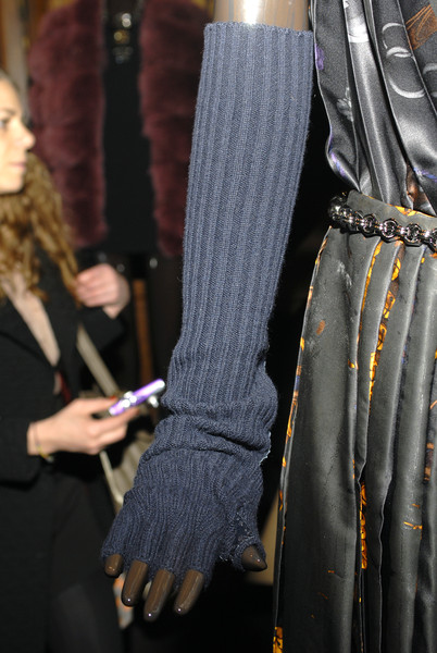 Loewe at Paris Fall 2008 (Details)