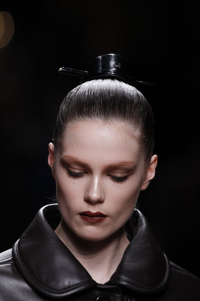 Loewe at Paris Fall 2011 (Details)